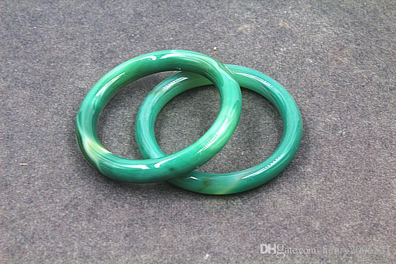 Paire de bracelets jade jade agate rouge chinoise naturelle naturelle taille 68mm ~ 70mm
