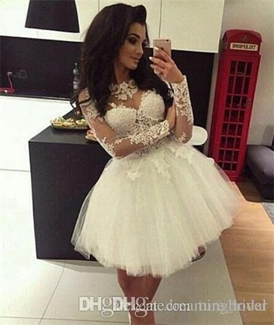 Acquista 2018 White Ball Gown Homecoming