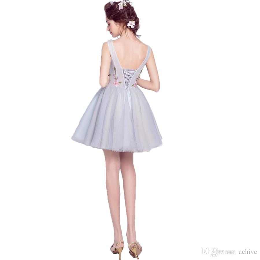 Şık Gerçek Boncuk Çiçek Kısa Abiyeler 2020 V Yaka Kolsuz Tül Gümüş Mezuniyet Elbiseleri