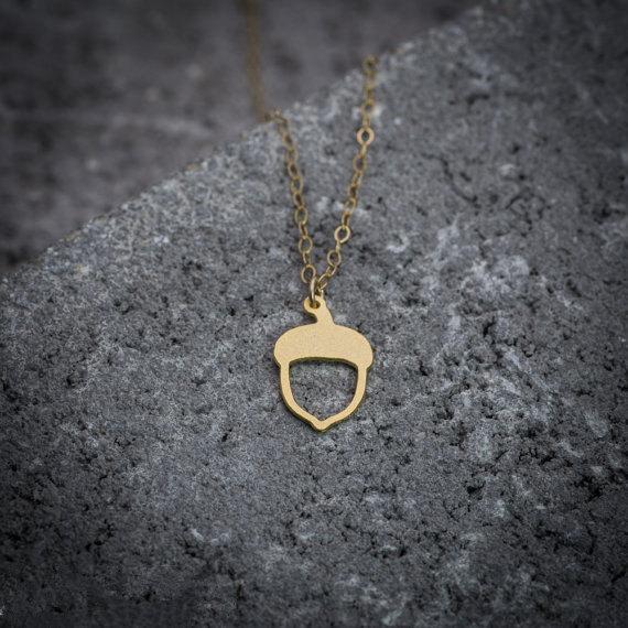 Acheter Mignon Ecureuil Pinecone Collier Minuscule Acorn Oak Collier