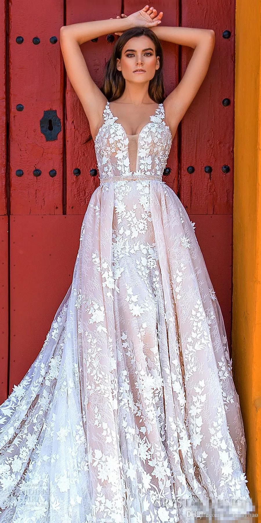 Modeste Champagne Robe dentelle Applique mariée A-ligne v cou tribunal train sans manches Robe de mariée Robes De Novia