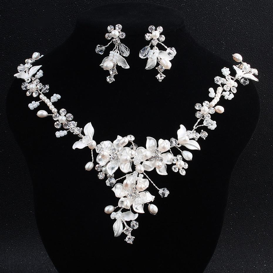Delicate Bridal Necklace Earrings Set Sparkling Rhinestone Flower