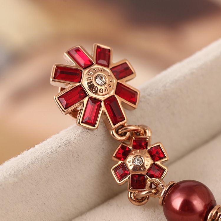 2018 Top material de latón Marca perlas rojas perlas en 8 cm cuelga el pendiente del perno prisionero 18k oro rosa plateado joyería de las mujeres color rojo envío gratis PS