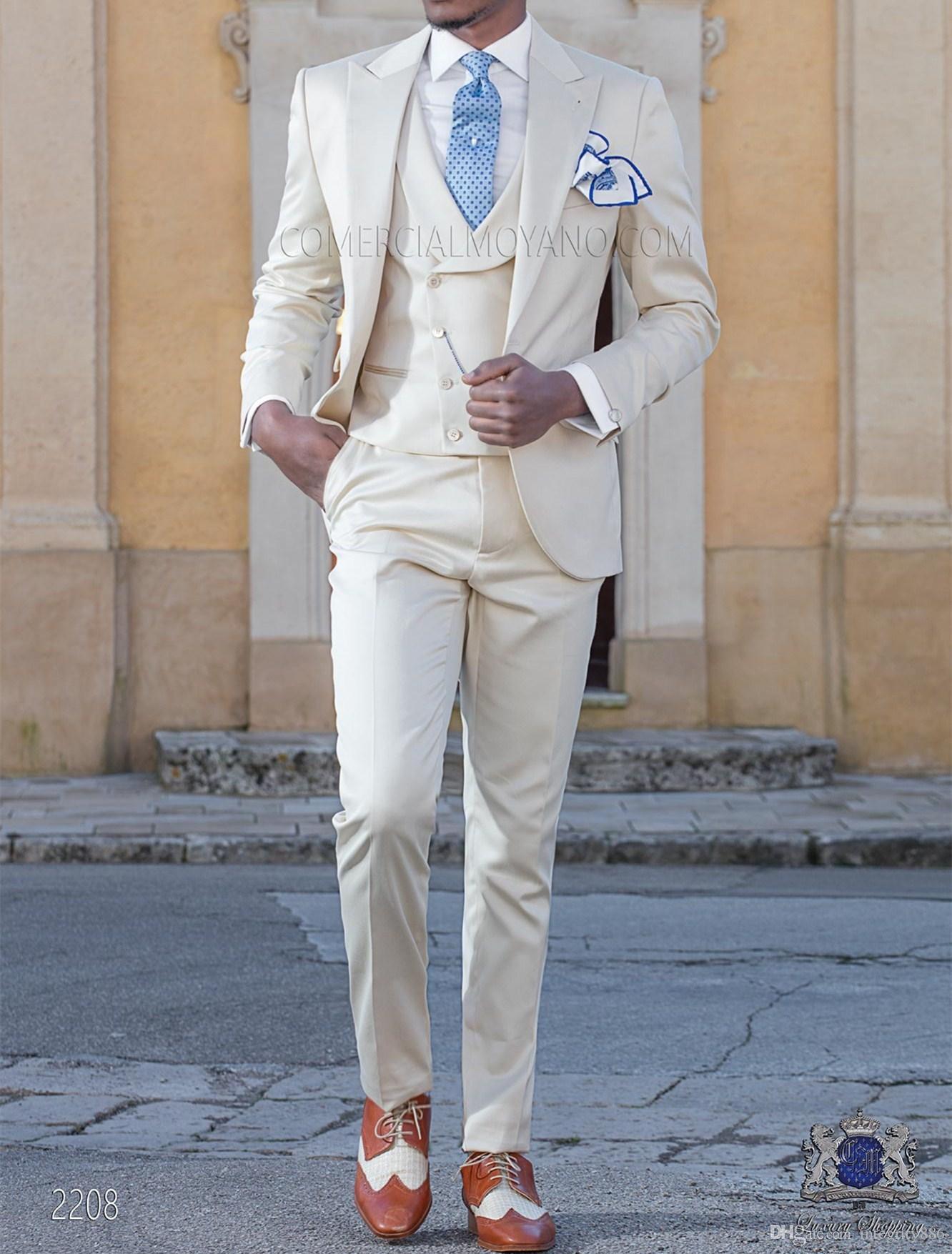 Acquista Moda Beige 3 Pezzo Vestito Da Uomo Smoking Da Sposa Bello Smoking  Da Sposo Eccellente Da Uomo Business Cena Prom Blazer Giacca + Pantaloni +  ... 87029a6a5215
