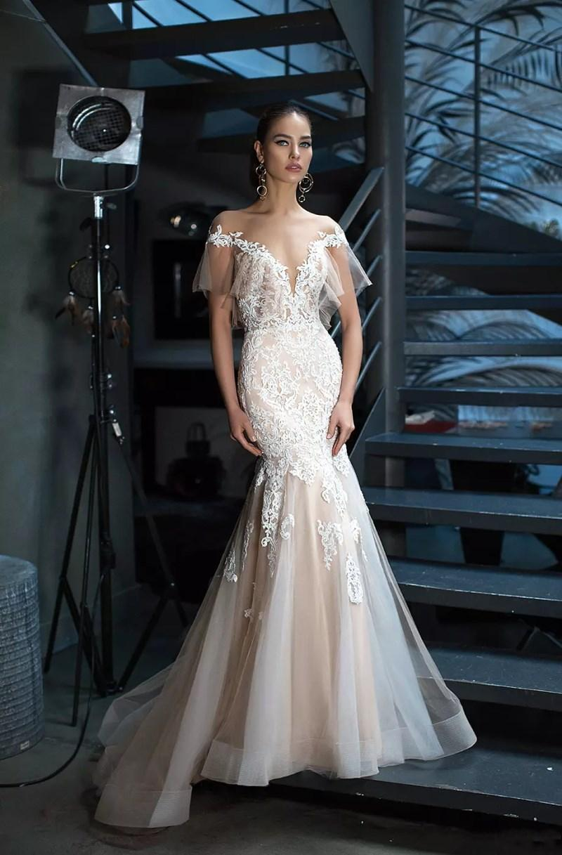 Champagne 2018 Berta Bridal Gowns Mermaid Lace Duabi Formal Bridal Gowns Illusion Off The Shoulder Milla Nova Lace Wedding Gowns