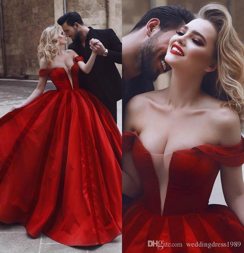 Abiti da sposa sexy con spalle scoperte rosse Abito da ballo arabo arabo mediorientale 2018 Abito da sposa vestido de novia Plus Size personalizzato
