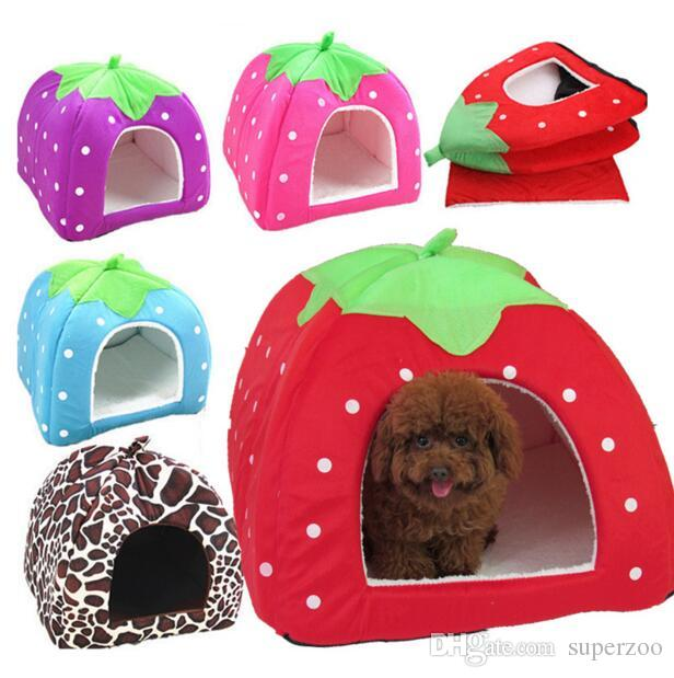 Strawberry Mini Pet Home Dog Bed Puppy Dog Kennel Pet Bed House For Cat Rabbit Small Animals Home Dog House With Mat Chihuahua