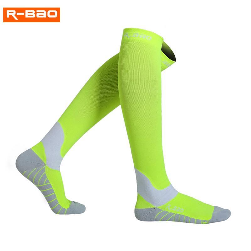 0a30ba5220f 2019 R BAO Professional Cycling Socks Men New High Quality Fluorescence  Night Running Marathon Athletics Sports Long Compression Sock From  Cloudyday