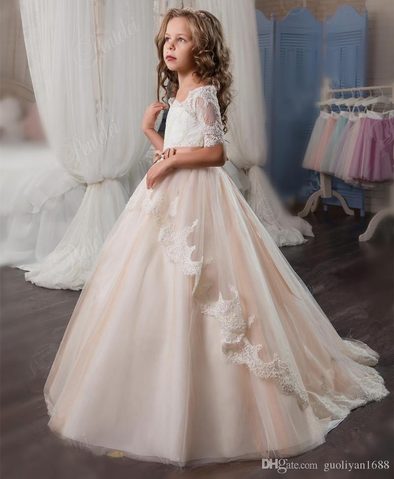 Elegant Ball Gown Flower Girls Dresses For Weddings Sheer Neck Long Sleeves Applique Lace Tulle Children Wedding Dresses Girls Pageant Dress