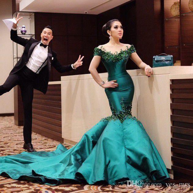2020 esmeralda verde pura pescoço fora do ombro vestidos de noite de sereia vestidos de desgaste lace apliques beads botão back tribunal de trem festa de trem