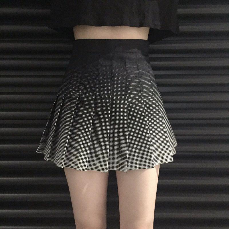 22ff9a9006 Compre Nueva Harajuku De Cintura Alta Faldas Cortas A Cuadros Vintage Niñas  Falda Plisada De Estilo Preppy Faldas De Gradiente A  21.9 Del Sugarlive ...
