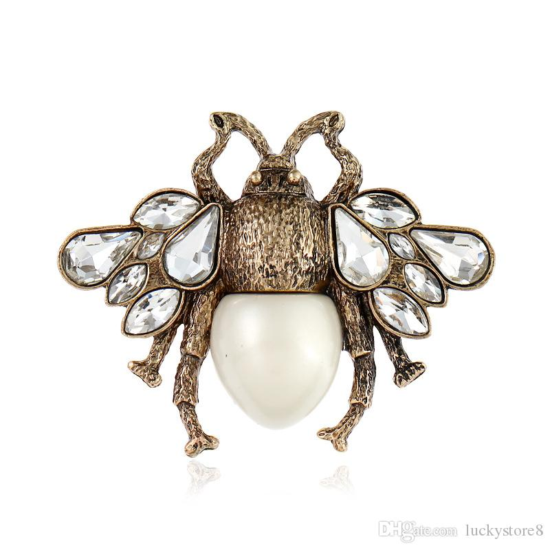 Crystal Clothing Brooch Retro Cute Bee Pearl Pin Alloy Gemstone Brooch Europe United States Fashion Quality Jewelry Women Gifts Spot 2 Color