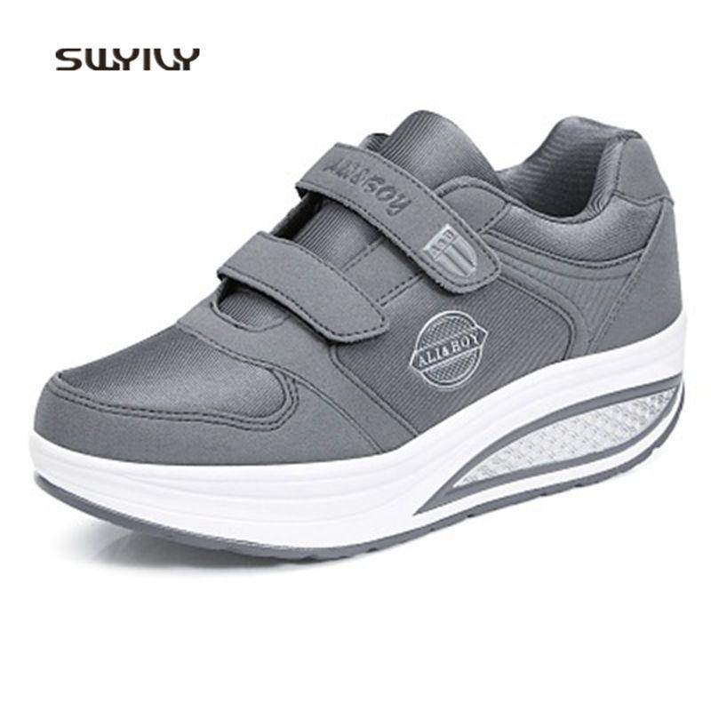 Acquista 2019 SWYIVY Donna Toning Shoes HookLoop Light Swing Sneakers Donna  2018 Soft Heel Antiscivolo Donne Snellente Scarpe Perdere Peso Sneakers A   50.14 ... da7d06f1379