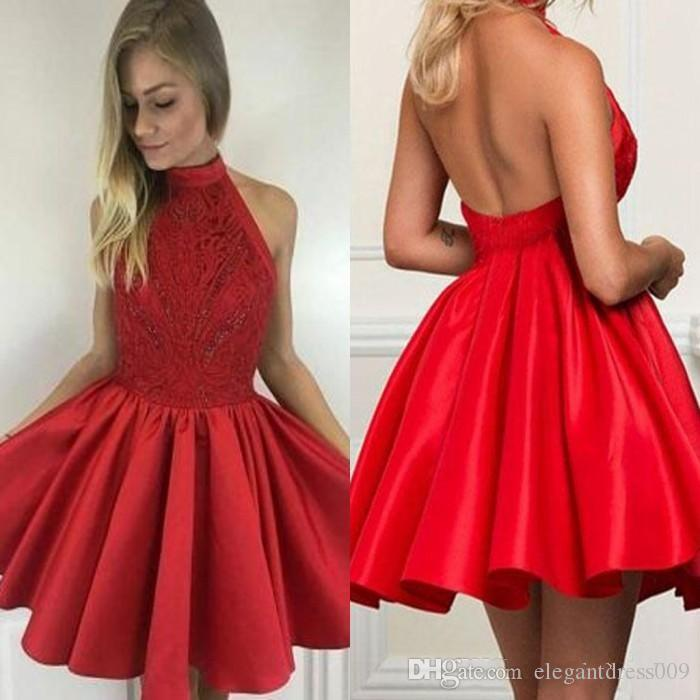 Hot Red Simple Lace Homecoming Dresses Jewel Neck Backless Pleats Handmade Flowers Cocktail Party Gowns Short Prom Dresses Custom Made Cheap