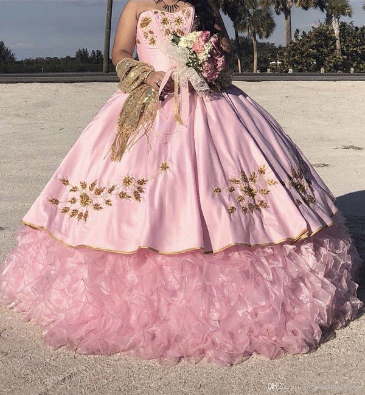 b9e318bc8 Compre 2019 Nuevo Bordado Puffy Vestido De Bola Vestidos De Quinceañera  Cristales Por 15 Años Sweet 16 Plus Size Pageant Prom Vestido De Fiesta  QC1065 A ...