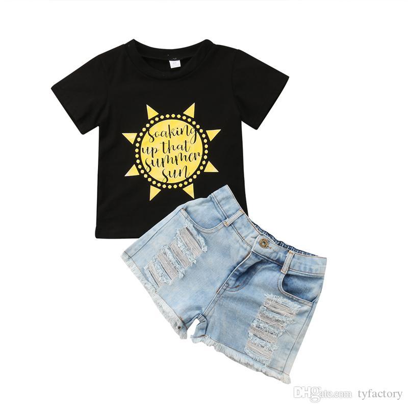 cb305ea6001ff Acheter Été Enfants Fille De Bande Dessinée Soleil Noir T Shirt Jeans Shorts  Ensemble Tenues Enfant Vêtements Occasionnels Doux Filles Lettre Imprimer  ...