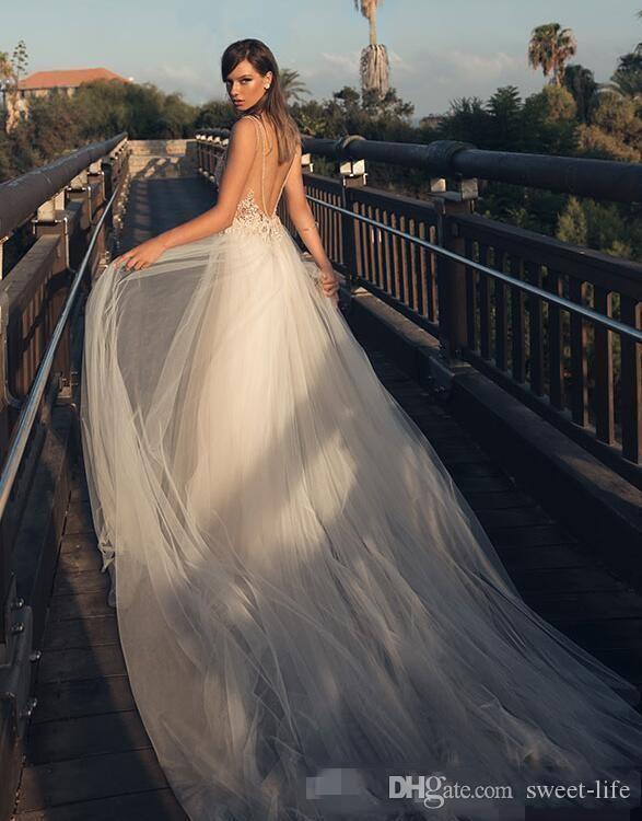 2019 Illusion Profond Col En V Tulle Robes De Mariée Sexy Betra Robes De Mariée Pierres Perlées Backless Tribunal Train Tulle Robes De Mariée