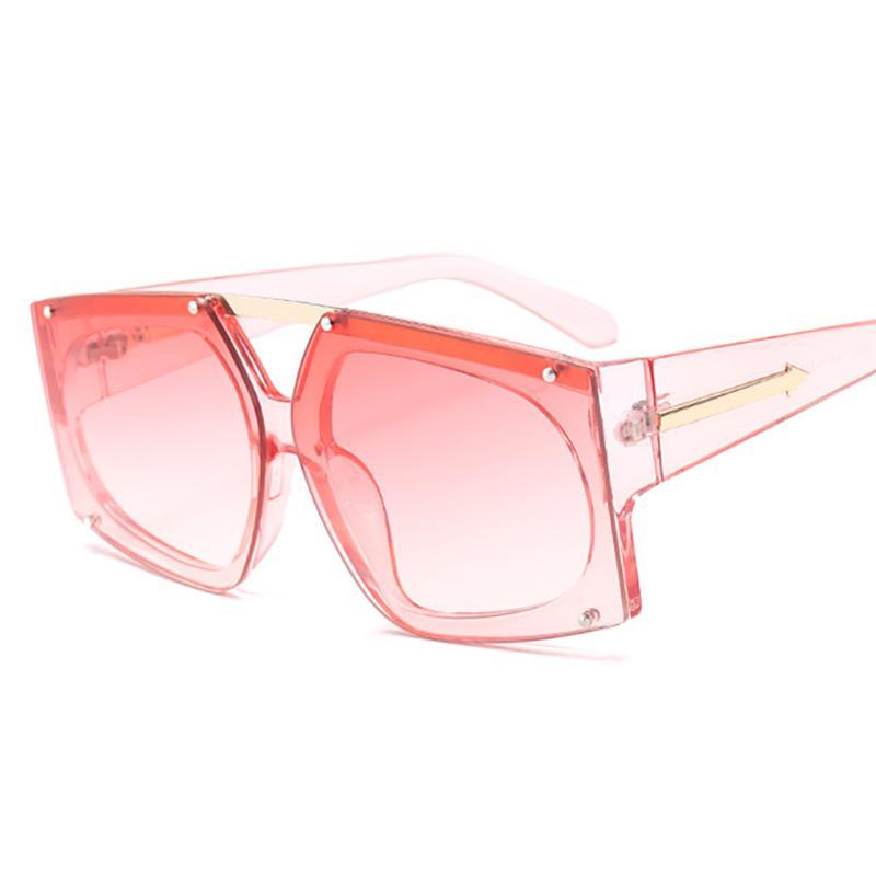 Compre HOKU 2018 Moda Arrowed Escudo Estilo Forma Óculos De Sol Das Mulheres  Clássico Do Vintage Designer De Marca Óculos De Sol Oculos De Sol W349 De  ... 46520eac78