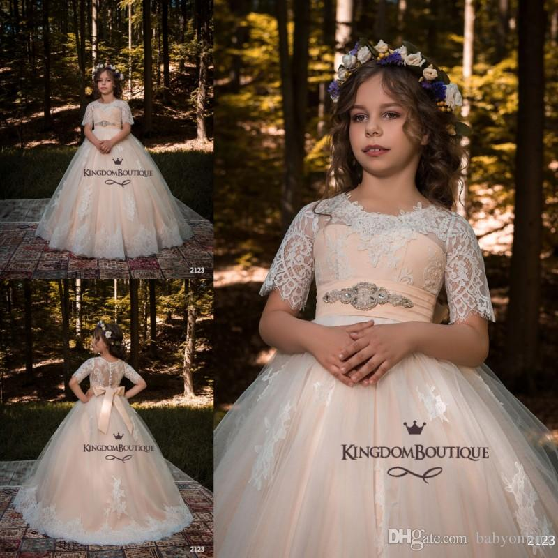Blush Pink Cute Flower Girl Dresses Princess A Line Cap Sleeves Girls Vestidos del desfile Formal Birthday First Communion Gown con Sash