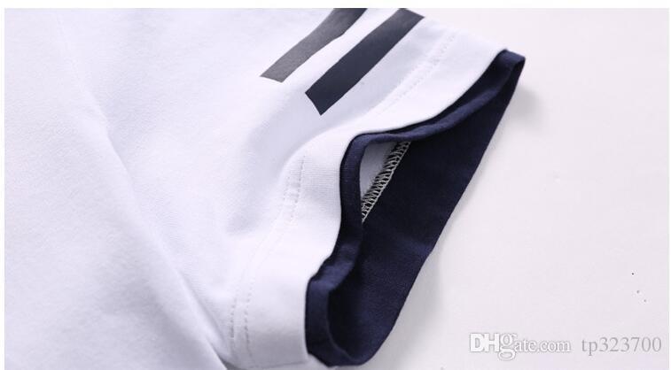 Hommes Femmes Respirant Sport Costumes Été À Manches Courtes Rayé Mâle Femelle En Plein Air Séchage Rapide Sportswears Courir T-ShirtsPants
