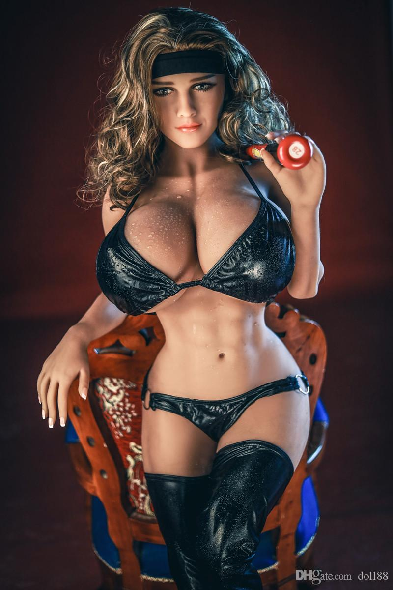 Gros seins anal sexe