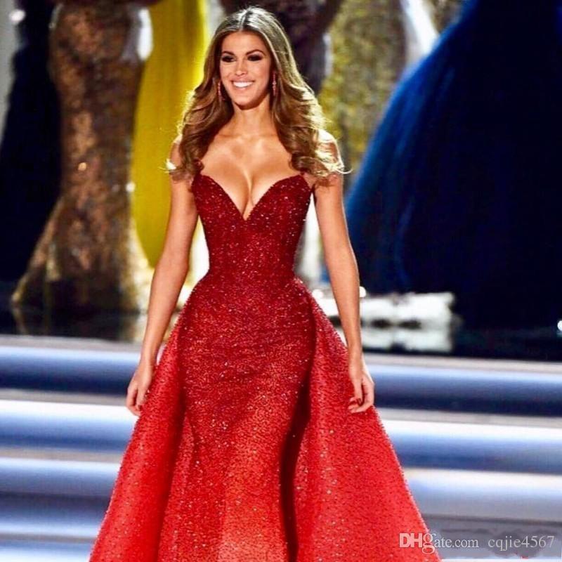 2019 New Staccabile treno perline pieno paillettes Prom Dress Luxury Dubai arabo abito formale abito da sera rosso Sweetheart sirena abiti da sera