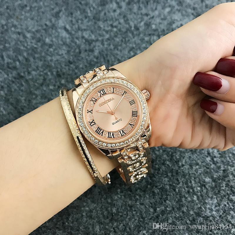 0aa5109795d91 Compre Moda Algarismos Romanos Relógio Das Mulheres Relógios Das Mulheres  Dos Diamantes Relógios Rosa De Ouro Relógio De Senhoras Reloj Mujer Relogio  De ...