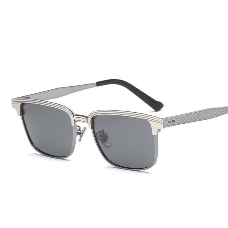 8fcb8efbe1efb Compre Yok s Polarized Homens Óculos De Sol Militar Liga Premium Óculos De  Sol Masculino Motorista Óculos De Condução Clássico Preto Quadrado Legal  Eyewear ...