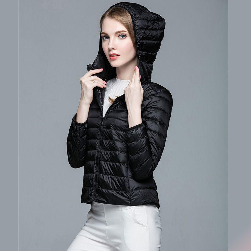 Piumino bianco in piuma d'oca donna 90% 2017 Cappotto ultraleggero con cappuccio Caldo donna invernale Capispalla giacca sportiva Packable Donna Parka