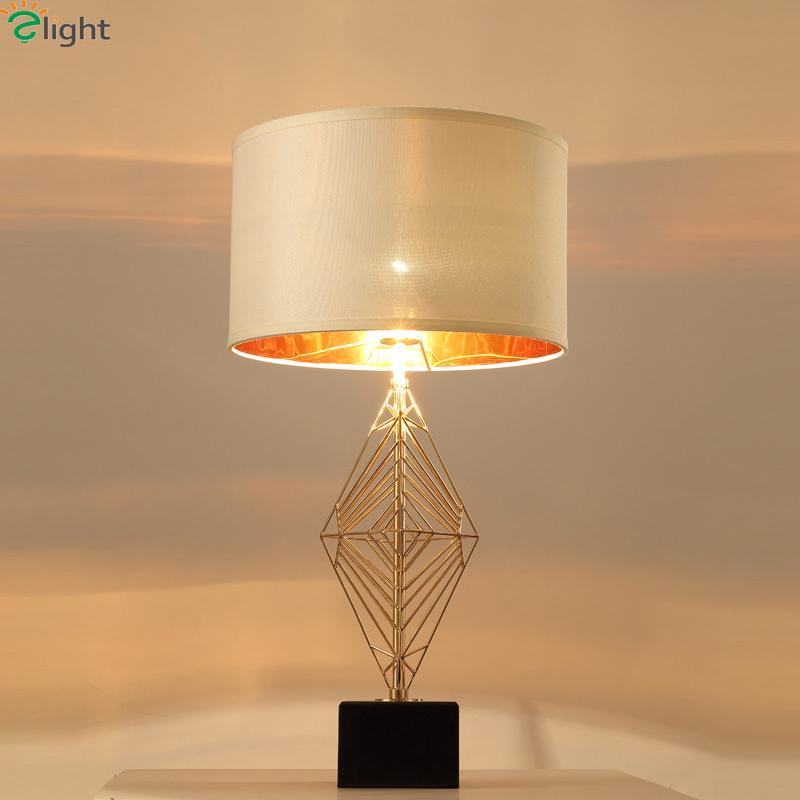 2019 Modern Lustre Gold Metal Led Table Lamp Round Fabric Shades
