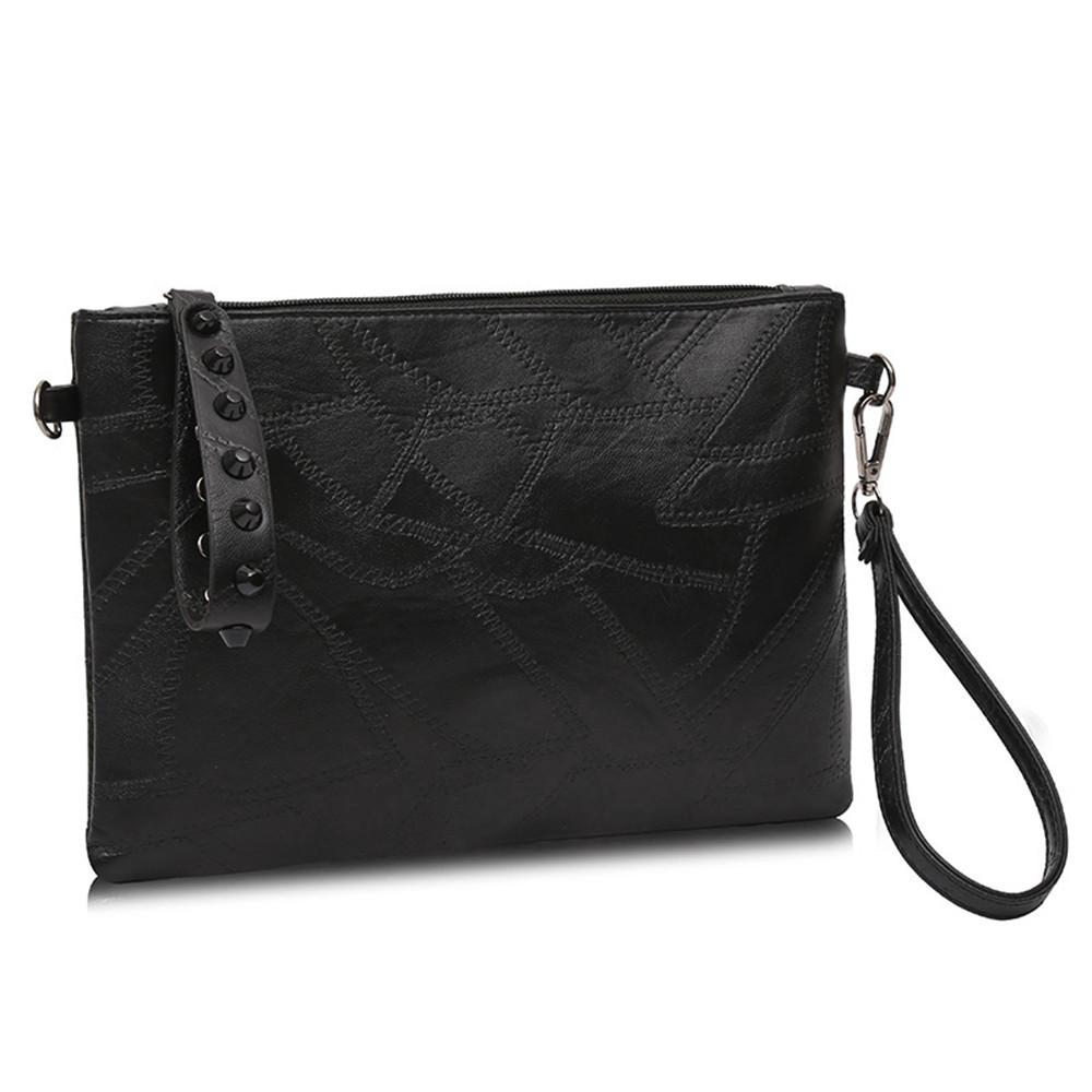 Women Girl Fashion Rivet Decoration Crossbody Bags Female Handbag Women  Lady Bag For 2018 Hotselling Handbag Luxury Travel Shoulder Bags Cheap Shoulder  Bags ... 3195651c9d