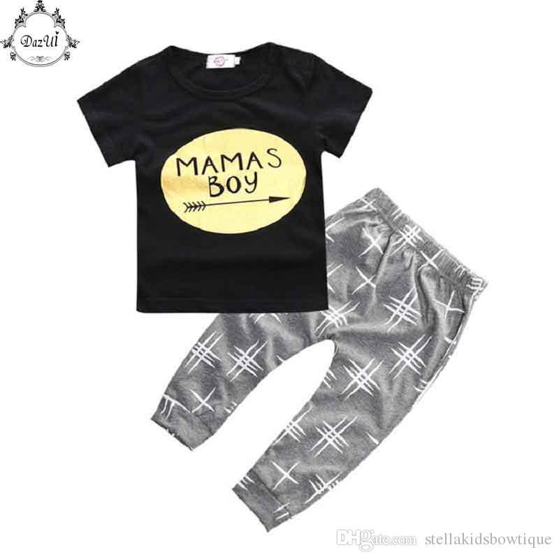 f465221e8f6 Compre Nueva Ropa De Bebé Niño Camiseta De Niño Negro De Manga Corta Ropa  De Niño De Verano Conjunto Lindo Harem Pantalón 2 Piezas De Bebé Recién  Nacido ...