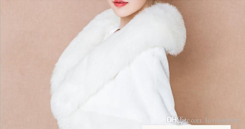 2018 Elegant Winter Cloak Coat Bridal Faux Fur Wraps For Wedding Warm Shawls Outerwear White Women Bolero Jacket Stoles Cape Evening Party
