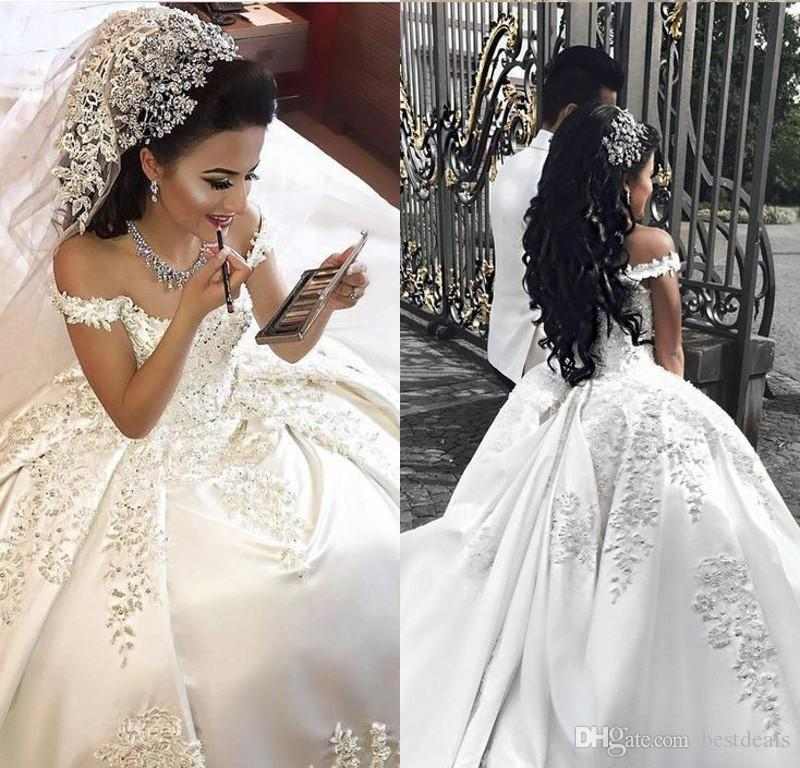 3da112c602 Gorgeous Luxury Arabic Wedding Dresses 2018 Appliques Beaded Pearls Dubai  Wedding Dress Plus Size Bridal Gowns Robe de mariee