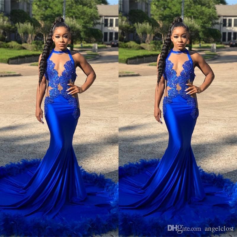 Luxo Pena Azul Royal Sereia Vestidos de Baile 2018 Halter Ilusão Pescoço Apliques de Renda Sweep Train Evening Partido Vestidos Custom Made Africano
