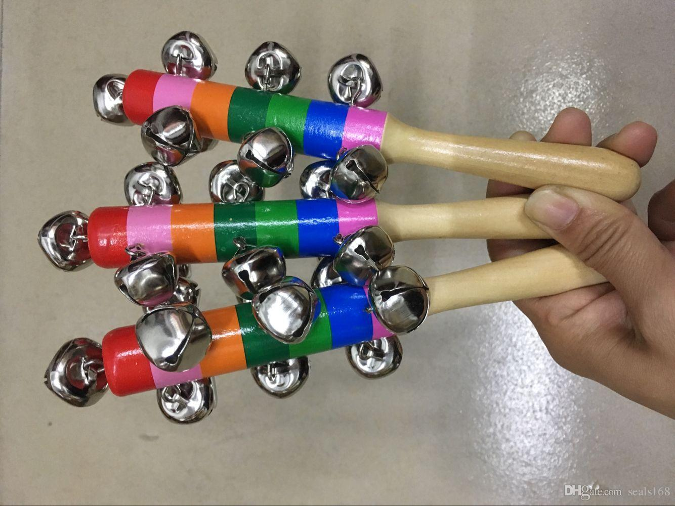 Çan Ile 18 cm Karikatür Bebek Çıngırak Gökkuşağı Çıngıraklar Ahşap Oyuncaklar Orff Aletleri Eğitici Oyuncaklar Parti Şenlikli Gürültü Maker HH7-896