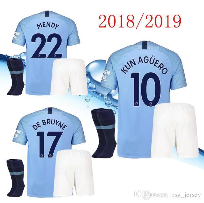 Compre Novo 18 19 KUN AGUERO Azul Camisas De Futebol 2019 Homem Cidade KiTs  Kit DZEKO KUN AGUERO KOMPANY TOTAL YAYA DE BRUYNE Casa Camisa Adulto E KiT  De ... 29f8fda7f4337