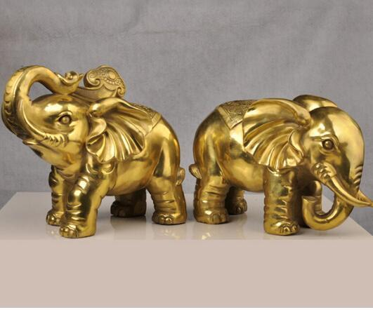 A copper elephant Zhaocai water on a ceiling decoration Feng Shui lucky can cause Home Furnishing jewelry crafts