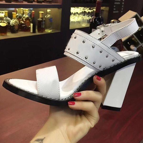 Klasik lüks kadınlar yüksek topuklu elbise ayakkabı parti moda perçinler kızlar seksi ayak ayakkabı toka platformu pompaları düğün Tasarımcısı ayakkabı size35-41