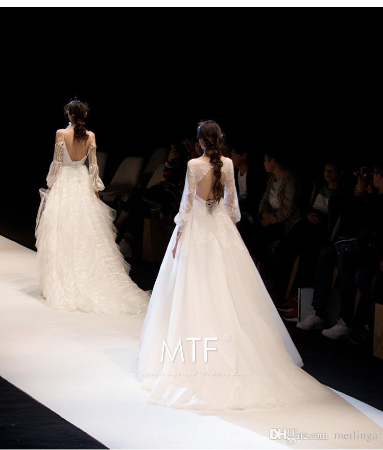 Das Brautkleid   Grosshandel Das Brautkleid 2018 Ist Eine Braut Mit Einfachem V