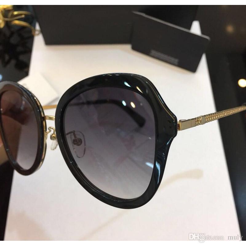88c8b81139542 Compre Óculos De Sol De Moda Óculos De Sol De Luxo C422 Marca Designer  Lente Do Logotipo 58mm Big Frame Elegante Estilo Minimalista Ao Ar Livre  Clássico ...