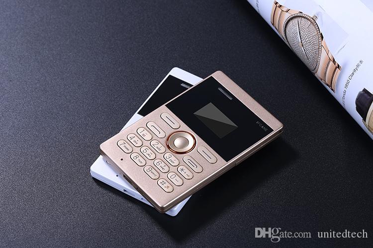 Ursprüngliches iFcane Ezen tragbare kleine Mini-Kreditkarte GSM-Handy mit MP3 Bluetooth FM 5.8mm ultradünne Karte Mini-Handys frei