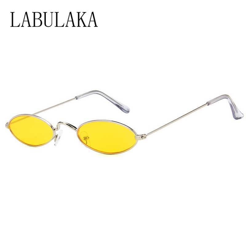8ddc0f83aa858 Compre Oval Óculos De Sol Da Marca Designer De Mulheres Do Vintage Pequeno  Armação De Metal Óculos De Sol Para Homens Retro Óculos De Lente Amarela Na  Moda ...