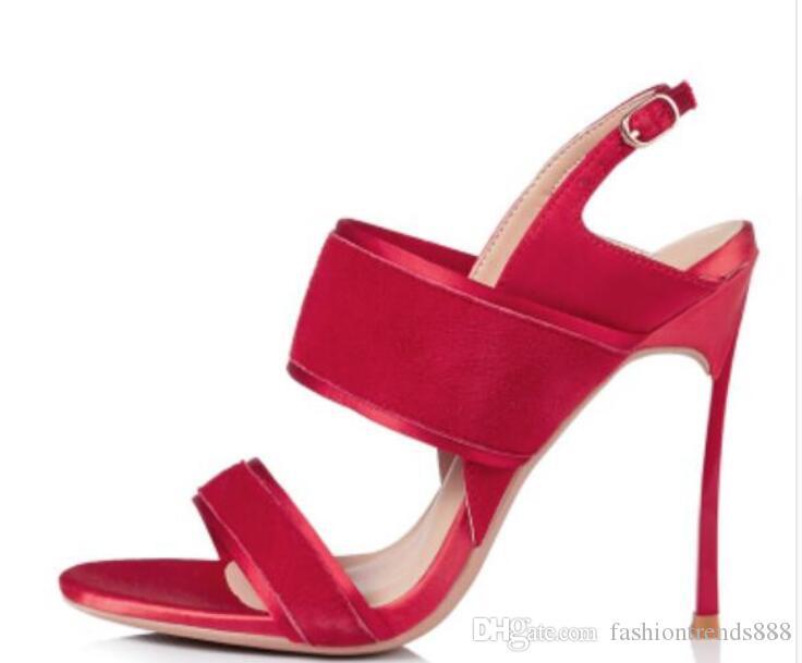 e89d68c60cf Compre 2018 Novas Mulheres Sapatos De Salto Alto Vermelho Sapatos De Verão  Aberto Toe Deslize Sandálias De Salto Alto Salto De Fivela Cinta Gladiador  ...