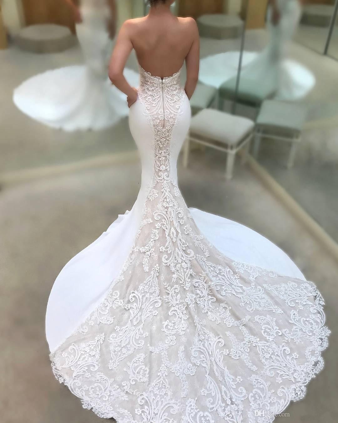 Berta 2018 Sexy Backless Mermaid Wedding Dresses Sweetheart Neckline Lace Appliqued Bridal Gowns Court Train Beach Wedding Dress