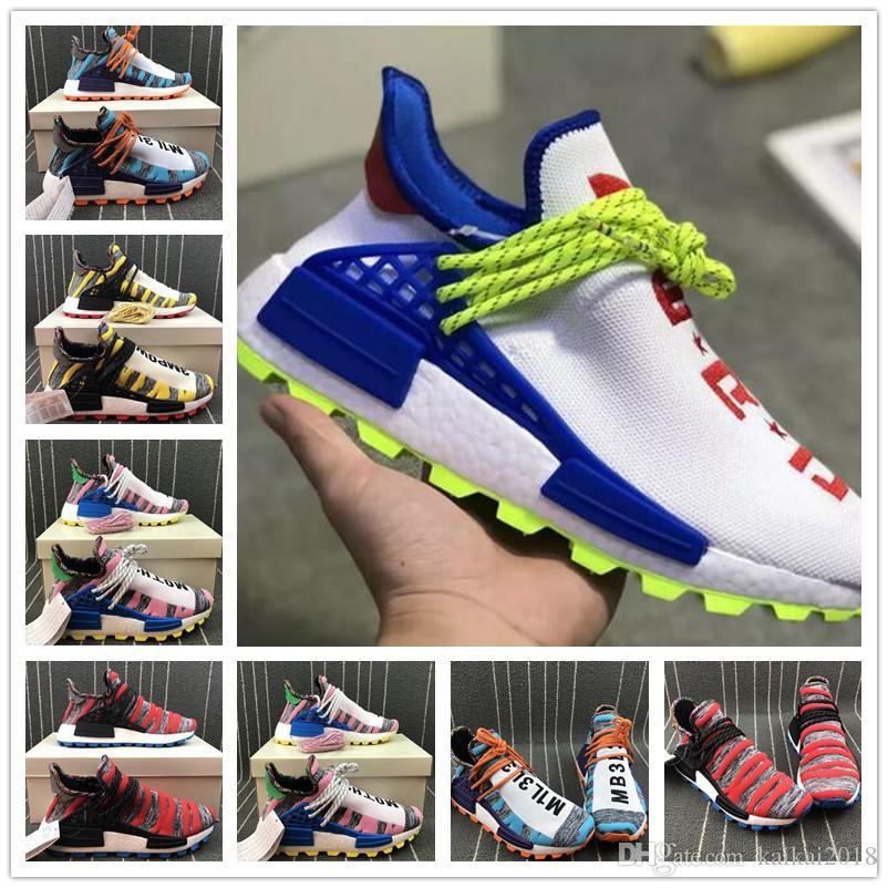 ae683c9b18d6f Großhandel 2018 Rabatt Pharrell Williams Trainer Nmd Human Race Männer HU  Läufer Sport Sneaker Frauen Laufschuhe Großhandel Von Kaikai2018