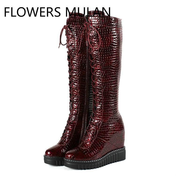 fdabd6969caa5 Compre Lujo Vino Rojo Negro Leopardo Patrón Botas De Invierno De Cuero  Mujeres Roma Frente Cruzado Atado Señoras Botines Zapatos De Tacón De Cuñas  Altas A ...