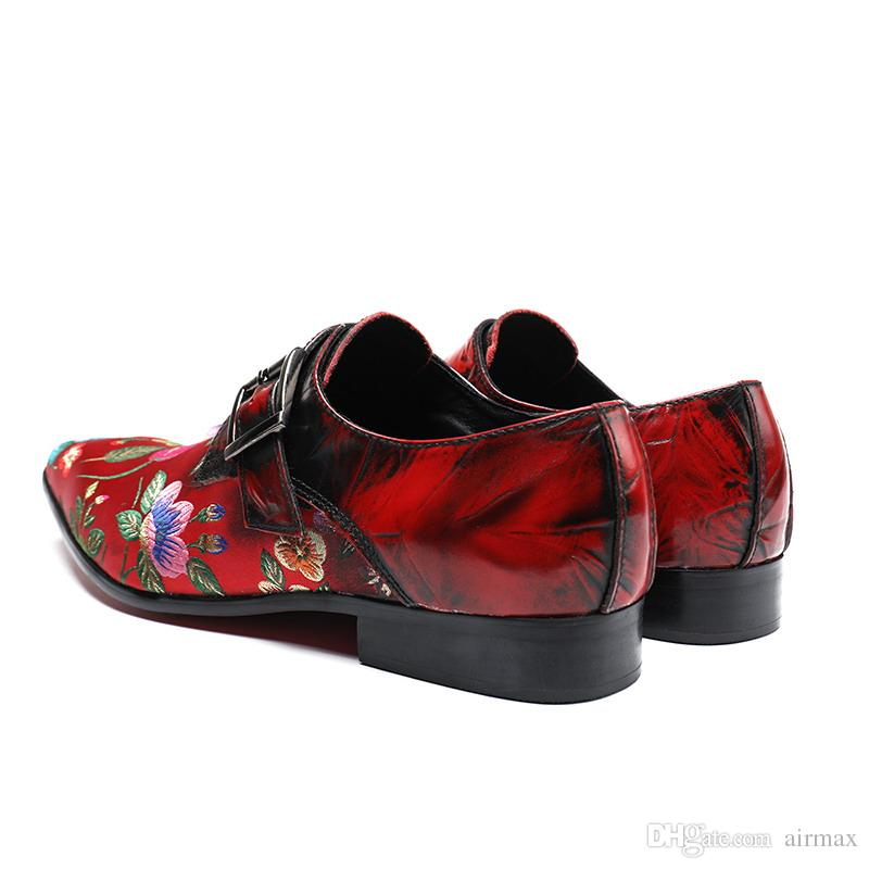Luxury Men Red Dress Shoes Fashion Embroidered Floral Pointed Toe Boat Shoes Buckle Strap Black Leisure Personalized Shoes