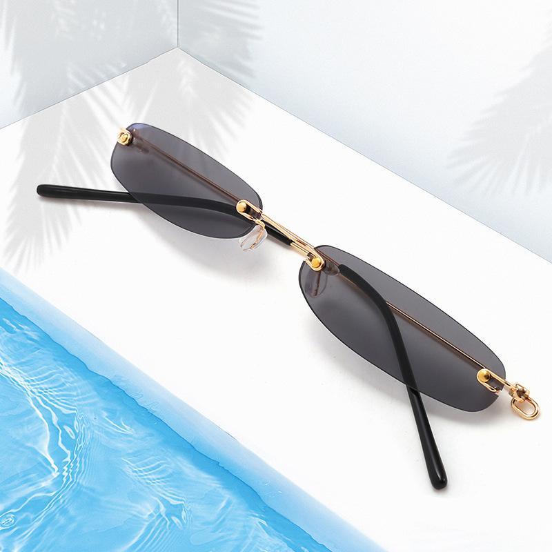 Compre Óculos De Sol Oval Vintage Pequenos Quadros De Metal Designer Gótico  Óculos Design Único Sem Moldura De Supaonline,  13.19   Pt.Dhgate.Com 2e2b41aa0e