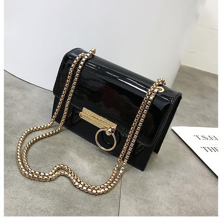 f93d1ab652 2018 Spring New Fashion Women Shoulder Bag Chain Strap Flap Designer  Handbags Clutch Bag Ladies Messenger Bags Luxury Handbags Red Handbags From  ...